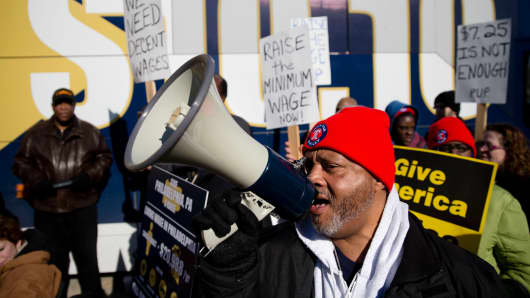 Protestors in favor of increasing the minimum wage, March 27, 2014, in Philadelphia.