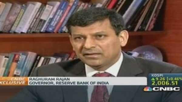 RBI: Not worried about rupee overvaluation