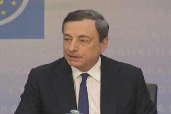Risks to the outlook are to the downside: Draghi
