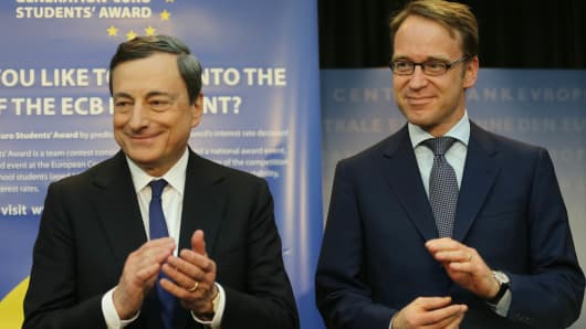 President of the European Central Bank Mario Draghi and Bundesbank President Jens Weidmann