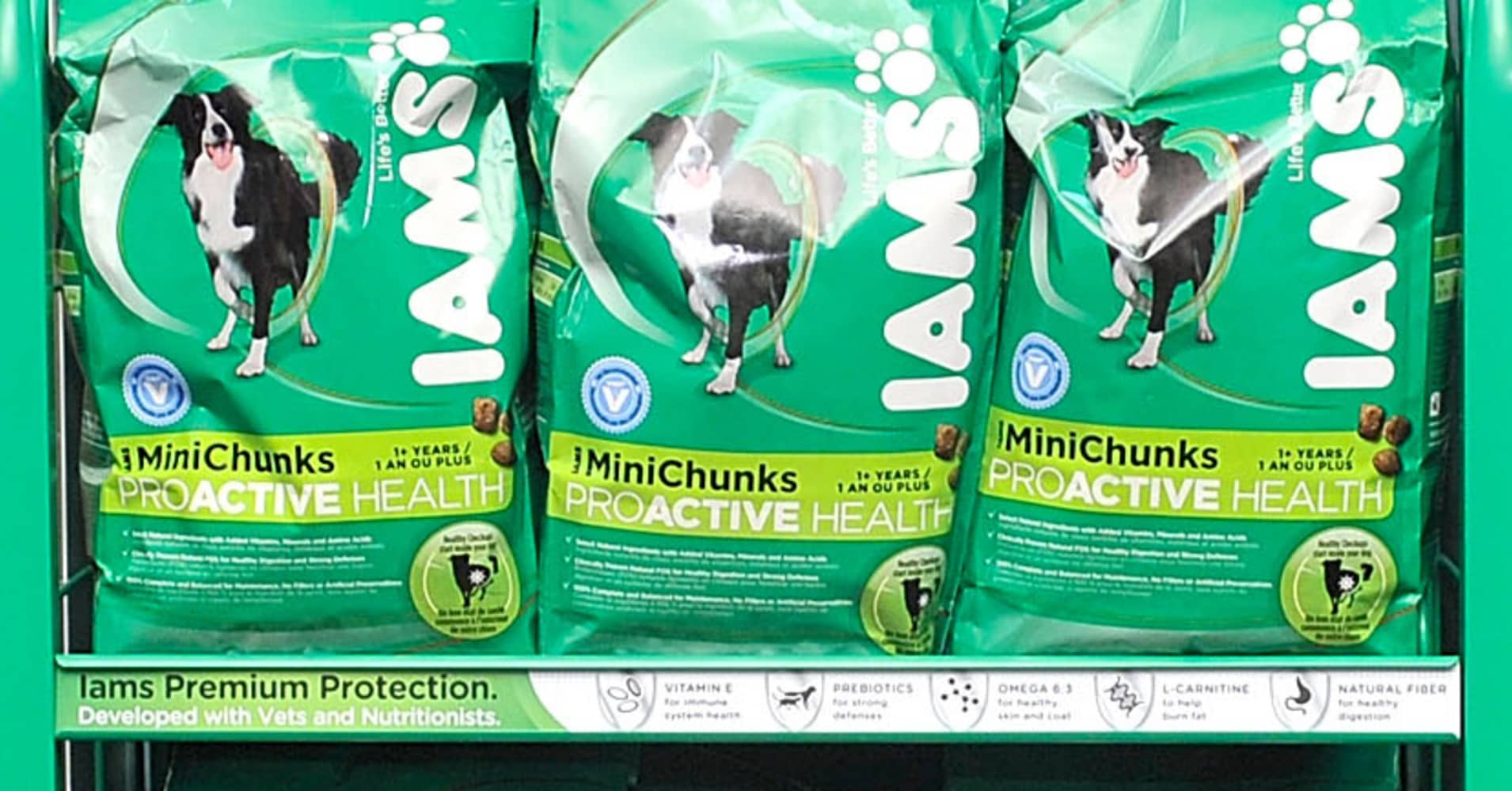Mars Buys Procter Gamble Brands Iams Eukanuba Natura Brands For 29b