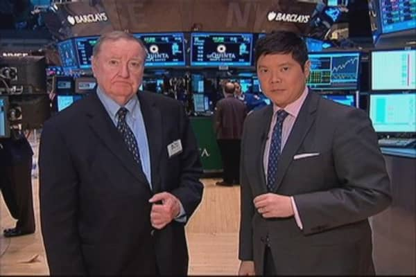 Cashin says: Tiptoeing into earnings