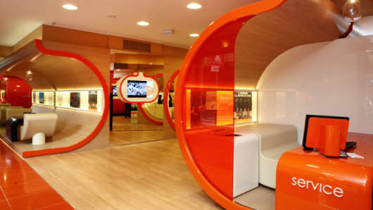 Fast-forward to the future: ING Direct's concept for digitized bank branches