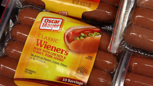 Kraft Foods announced that they are recalling 96,000 pounds of hot dogs due to incorrect labeling on packages of their classic wieners that could actually contain cheese dogs.
