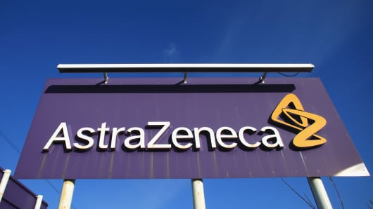 AstraZeneca shares plunge 16 percent as lung cancer study fails