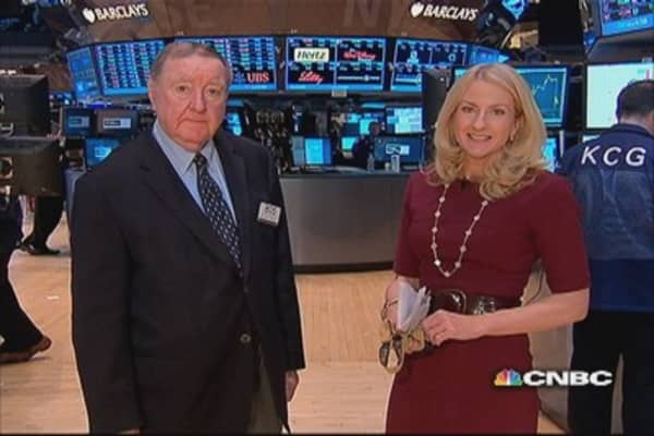 Cashin says: Apple & Facebook earnings key