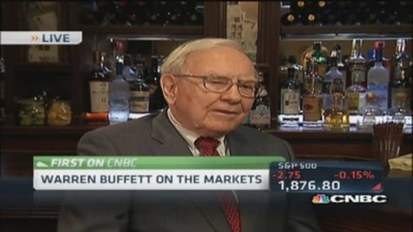 Buffett: Love Coke, like IBM, market not too frothy