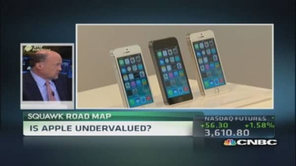 Cramer: Apple takes back leadership