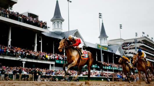 Joel Rosario atop Orb on his way to winning the 139th Kentucky Derby at Churchill Downs on May 4, 2013.