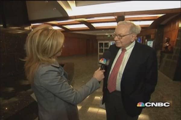 Buffett on housing, jobs, and Coke