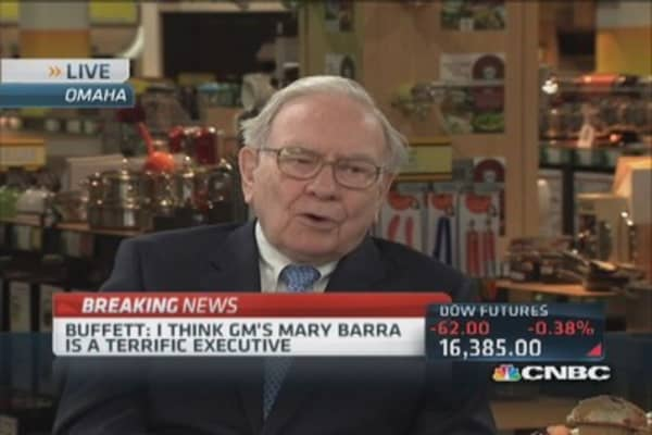 Buffett: Mary Barra is made for the job