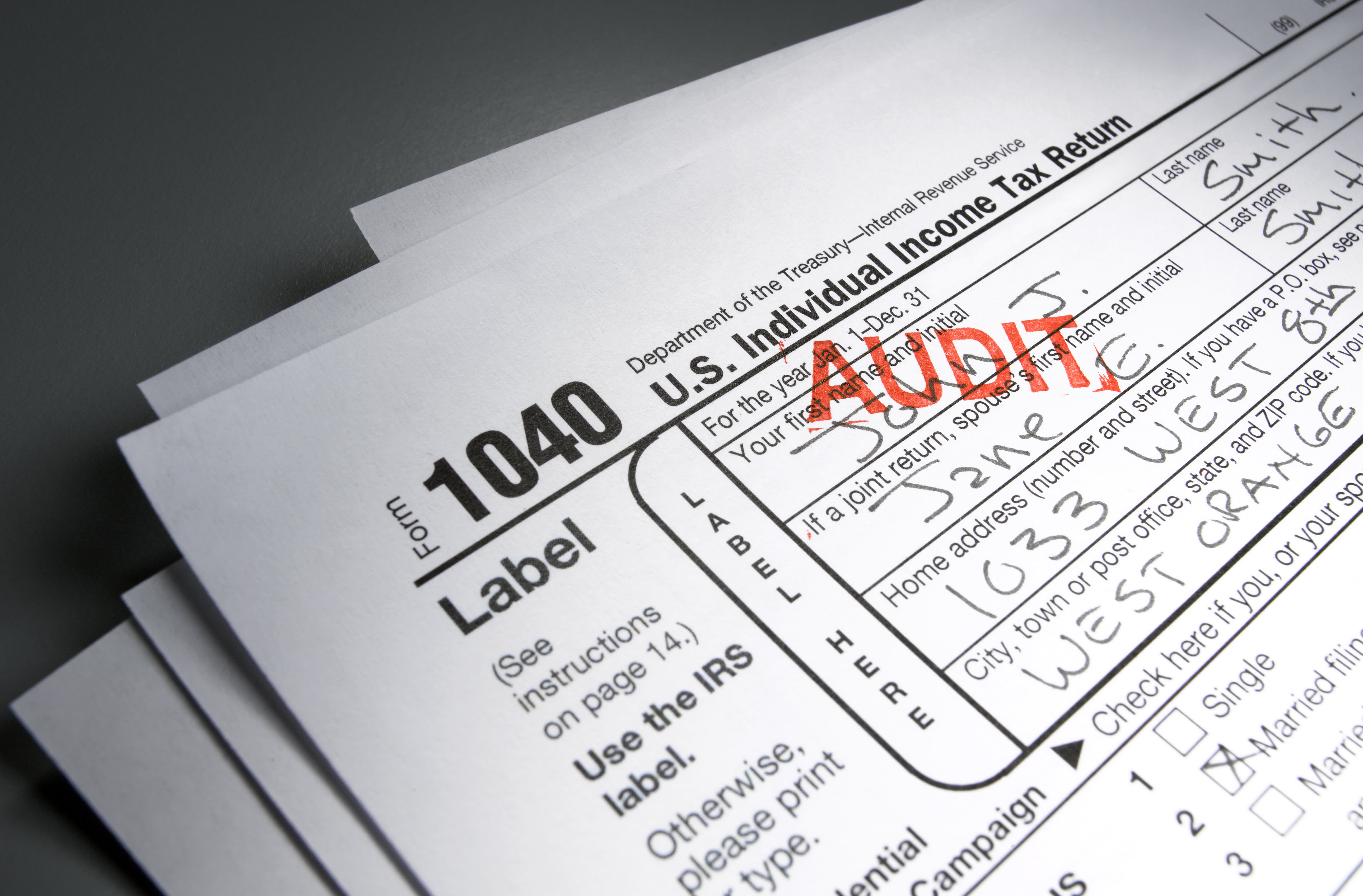 This tax move could get wealthy investors in hot water with IRS