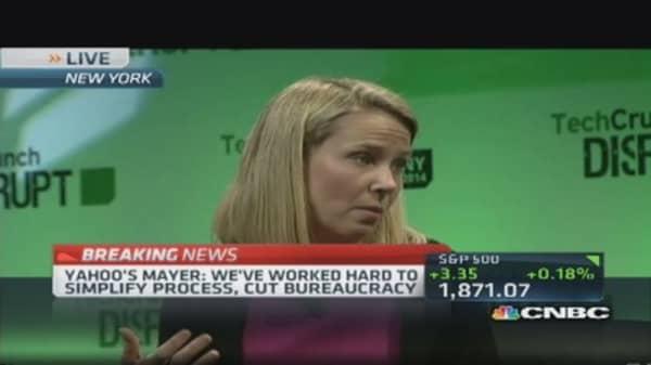 Yahoo's Mayer: My job to play defense