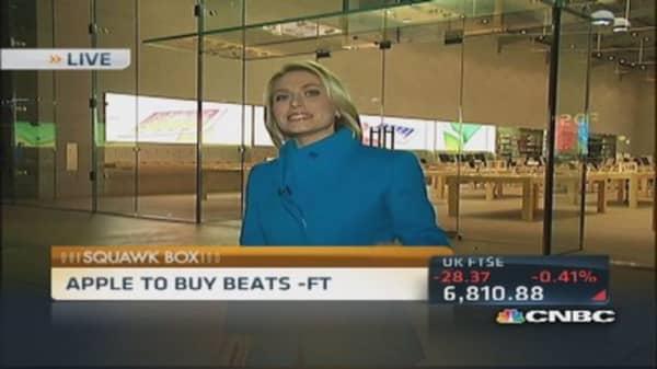 Apple in talks to buy Beats: Report