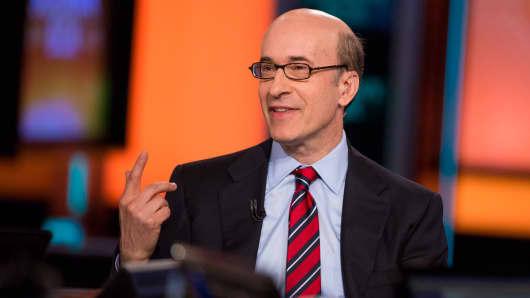 Ken Rogoff, Professor of Public Policy and Professor of Economics at Harvard University.