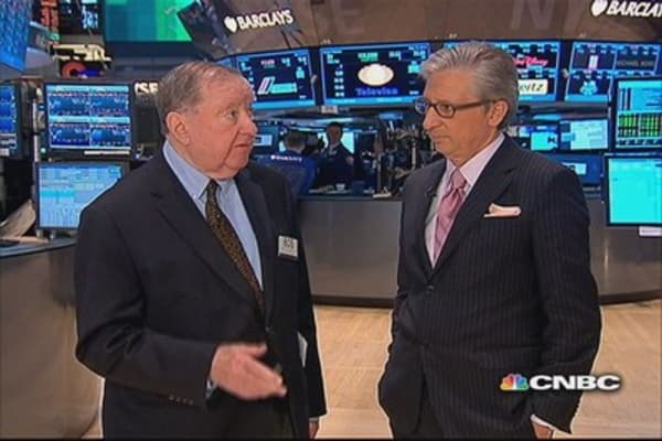 Nasdaq runs into jungle of resistance:  Cashin