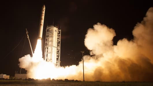 NASA's Lunar Atmosphere and Dust Environment Explorer observatory launches aboard the Minotaur V rocket in Wallops Island, Va.