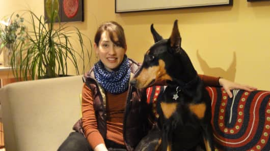 Gretchen Bauer's Doberman Pinscher, Detta, is a regular blood donor. Her blood saved the life of Bailey Crawford.