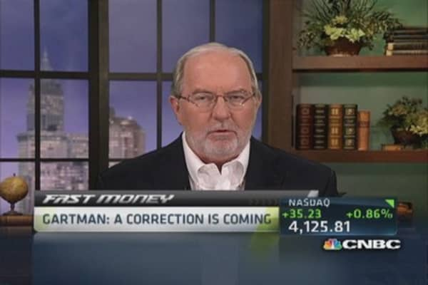 Gartman: Neutral equities, long basic materials