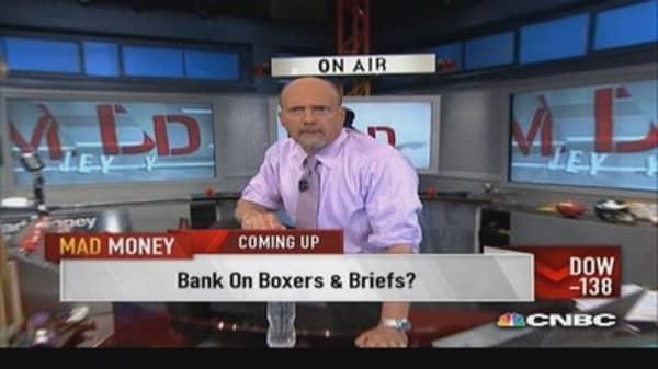 Cramer reads into interest rate decline