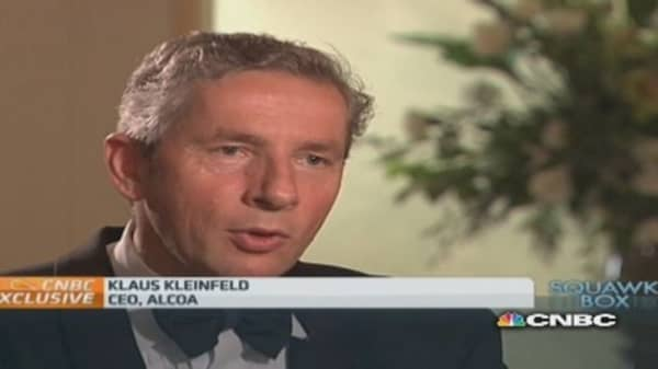 Politics trump other interests: Alcoa CEO