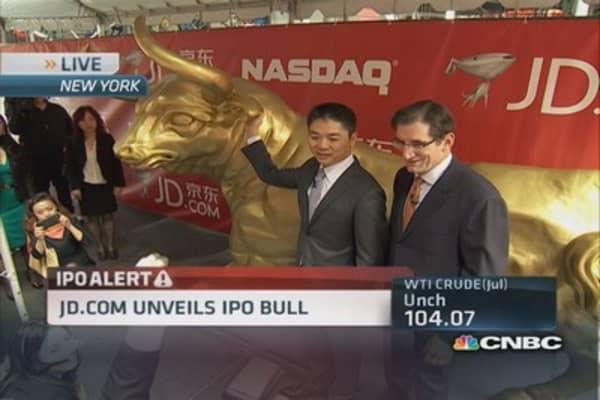 Cramer likes Alibaba model versus JD.com