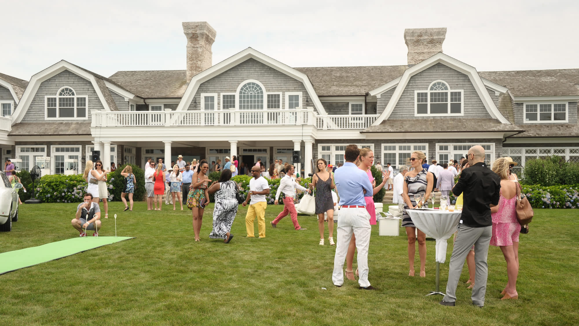 Hamptons Real Estate Heads Into Its Hottest Sson Ever Commentary