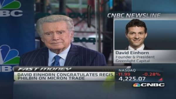 Einhorn invites Regis Philbin to intern
