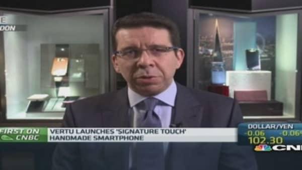 Vertu launches $10k smartphone