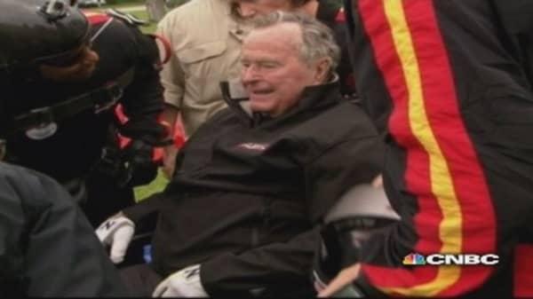 Former President George H.W. Bush skydives for 90th birthday
