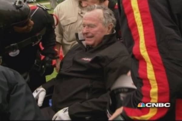 Former President George H.W. Bush skydives for 90th birthday