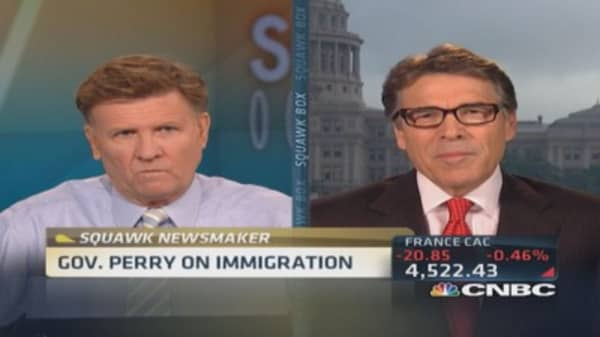 Gov. Perry addresses immigration issues
