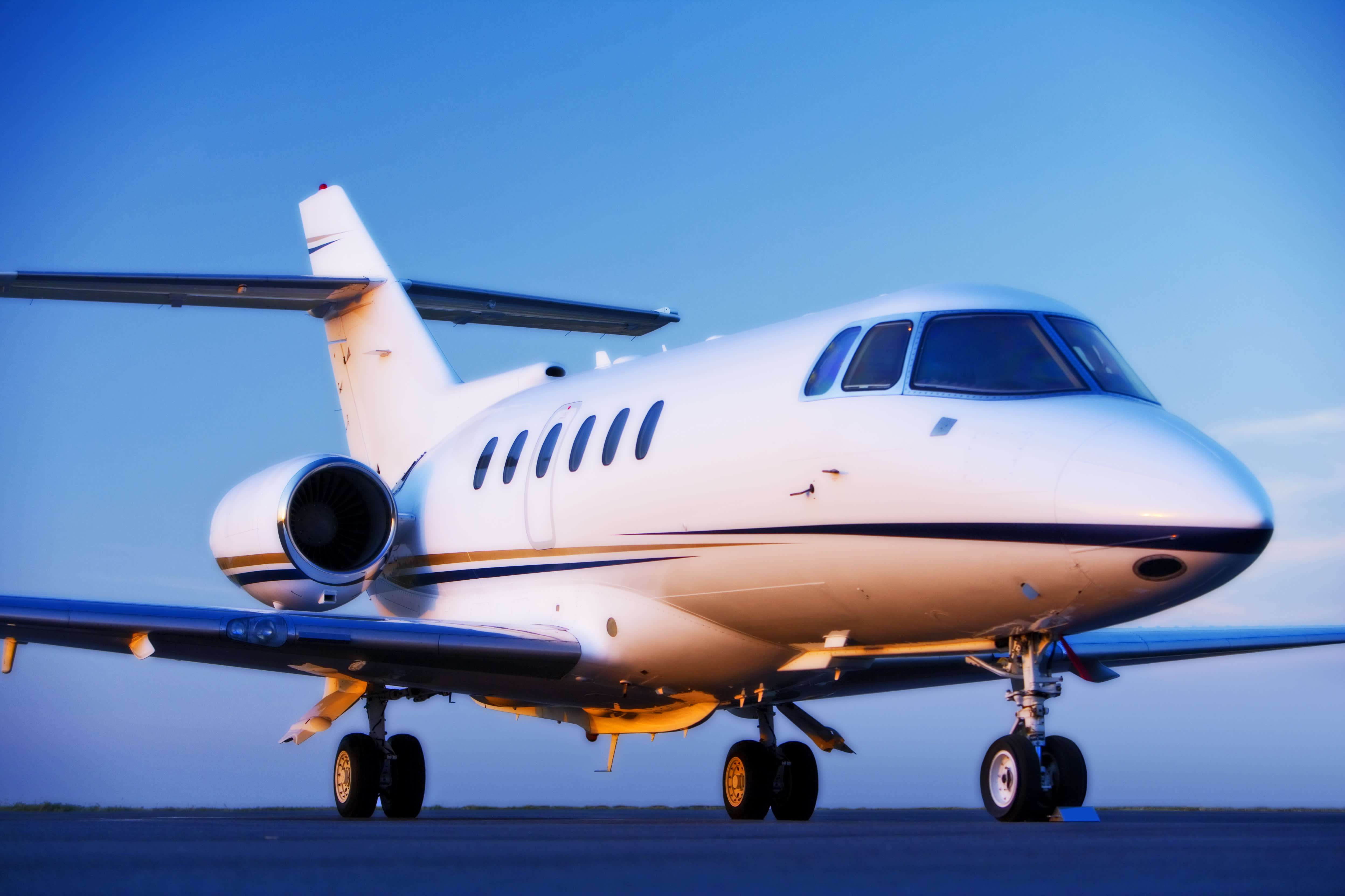 Private jet charter to the World Cup: $250K, plus expenses