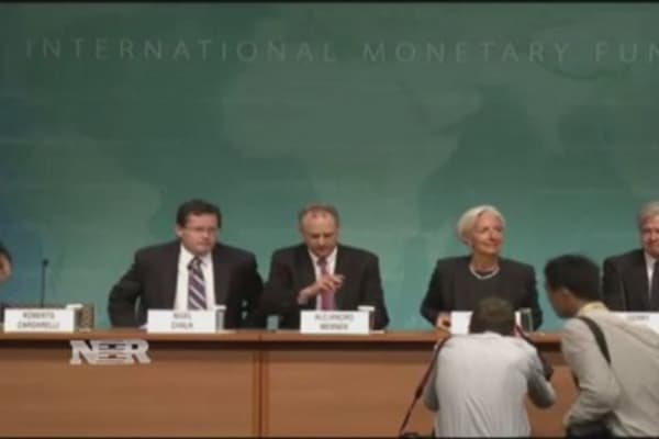 IMF joins minimum wage debate