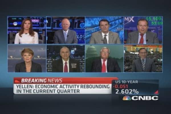 Fmr. Fed Gov. Olson: Economy improving but sluggish