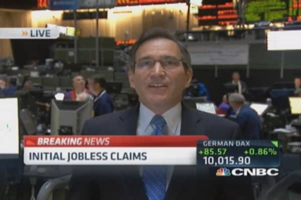 US weekly jobless claims 312,000