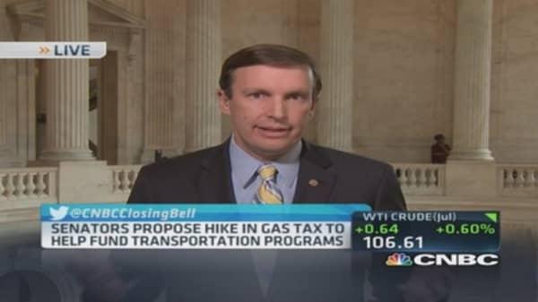 Sen. Murphy proposes gas tax hike