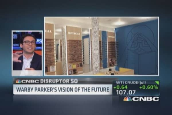 Warby Parker disrupts eyeglass market