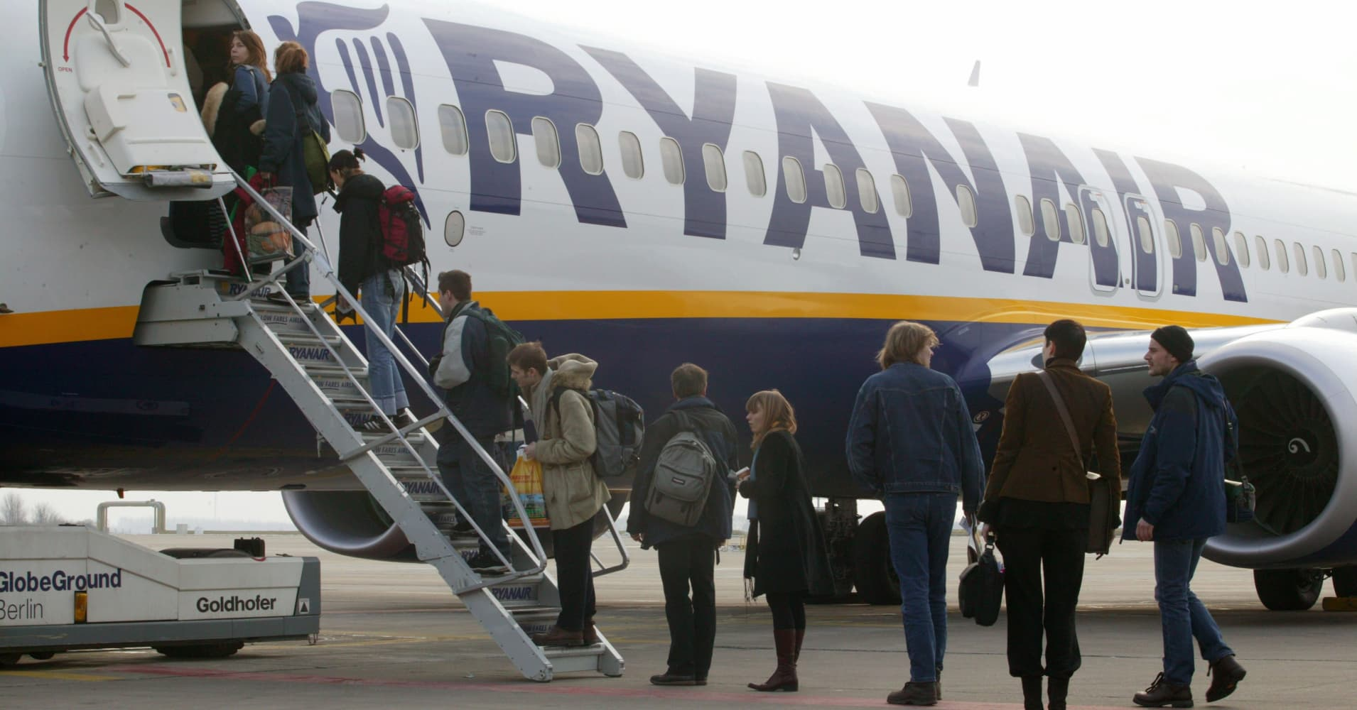 Ryanair CEO says some airlines will not 'survive' the winter due to elevated oil prices