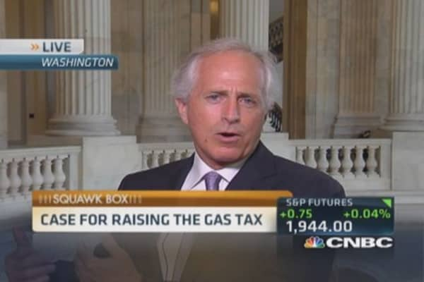 Sen. Corker: Raise gas tax and lower other taxes