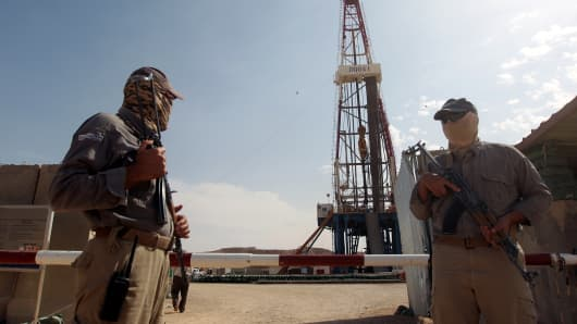 the macroeconomic uncertainty in the oil Economy security on the other hand, the policy-related economic uncertainty in us is rising over recent years, associated with the 2008-2009 global nancial crisis and the tight.