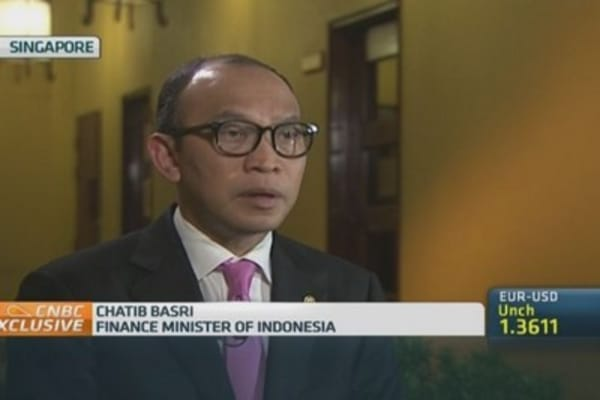 Indonesia Fin Min: Prabowo's debt plan won't work