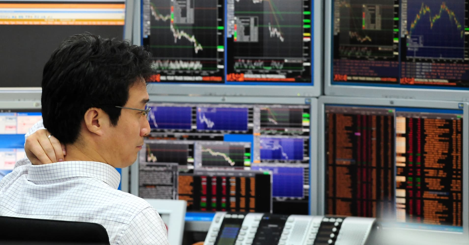 Live blog: Dollar rises against yen as Bank of Japan holds steady and Fed signals rate hike