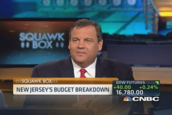 Gov. Christie defends NJ's new budget