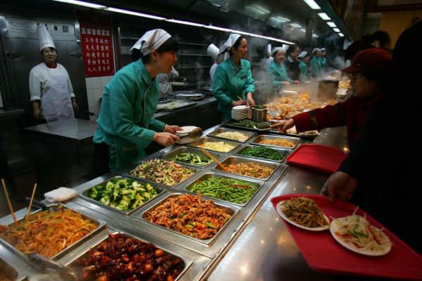 China's food service industry is a key part of the mainland's service sector.