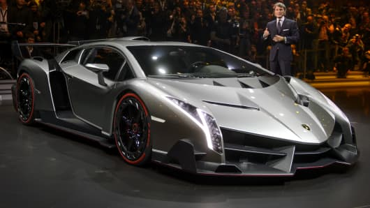 The new Lamborghini Veneno is presented by CEO and Chairman Stephan Winkelmann.