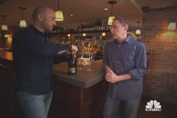 Where does Joe Bastianich go to eat and drink?