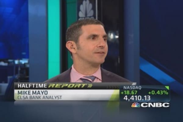 mayo takes citigroup The analyst, mike mayo, of the securities firm clsa, has been telling investors  that citigroup (c: 367 ,-008 ,-213%) should take a writedown,.
