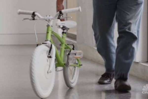 Tech Yeah! Auto-balance bike prevents tumbles