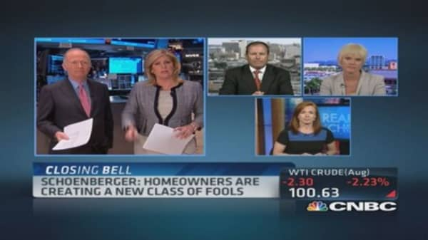 Schoenberger: Homeowners new class of fools